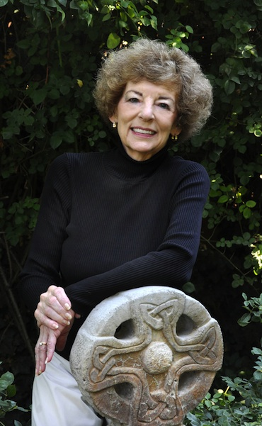 Author of Brish History Novels - Donna Fletcher Crow